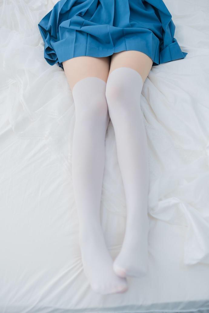 也就只有你才能白丝丝袜穿出这种感觉了 小姐姐分类 第3张